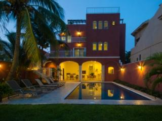 Summer Place sleeps 16 max, free bikes, one minute walk to waterfront - Cozumel vacation rentals