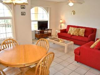 La Perla 4-B spacious condo features a large kitchen and breakfast bar area, Pool, and a short walk to the beach. - Laguna Vista vacation rentals