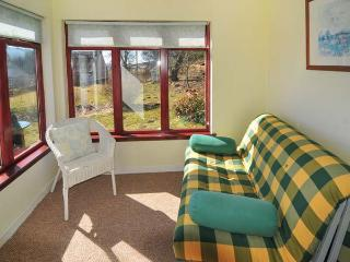 GLENGYNACK COTTAGE, country holiday cottage, with a garden in Grantown-On-Spey - Grantown-on-Spey vacation rentals