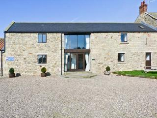 MILLSTONE, pet friendly, character holiday cottage, with a garden in Staindrop Near Barnard Castle, Ref 897 - Barnard Castle vacation rentals