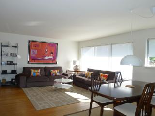 Capitol Hill.Harrison Modern Deluxe Units Save 20% - Seattle vacation rentals