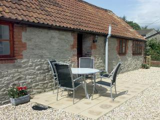 PRIMROSE COTTAGE, family friendly, country holiday cottage, with a garden in Henstridge, Ref 2029 - Stalbridge vacation rentals