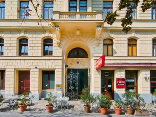 Votivflat - Elegant flat in the heart of Vienna - Vienna vacation rentals