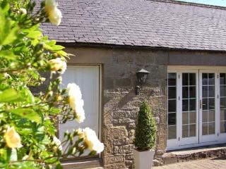 THE COACH HOUSE, pet friendly, country holiday cottage in Chirnside, Ref 2994 - Scottish Borders vacation rentals