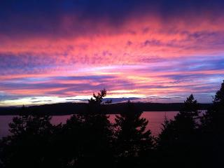 Convenient House with Internet Access and Dishwasher - Orcas vacation rentals