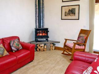 JACK'S COTTAGE, family friendly, character holiday cottage, with open fire in Ballycotton, County Cork, Ref 3710 - Ballycotton vacation rentals