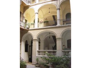 jozsefkrt47fszt_7.JPG - RingAvenue Apartments Vacation Rental City Center - Budapest - rentals
