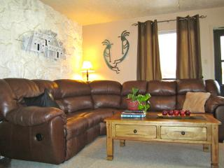 Premier Red River Condo with Hot Tub, Playground. - Red River vacation rentals