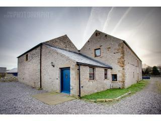 Peak district holiday barn from the rear. - x - Derbyshire - rentals