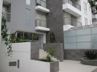 Modern 4 Bedroom Apartment Miraflores, Lima, Peru - Lima vacation rentals