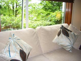 SHERBROOKE 2 - Glasgow Southside 4 Star Apartment - Glasgow vacation rentals