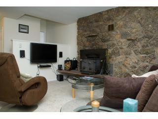 "Family room - 42"" LCD HDTV - 2BR Relaxing Solitude After a Day of Skiing - Winter Park - rentals"