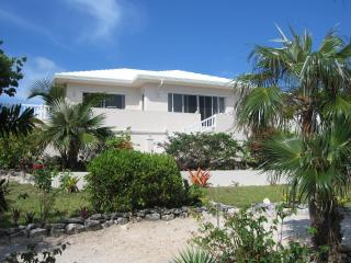 "PALMETTO SUNRISE ""LUXURY"" VILLA -WI-FI - INTERNET - North Palmetto Point vacation rentals"