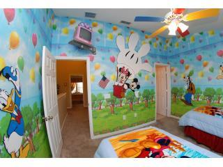 Mickey & Minnie Bedroom - Disney Clubhouse, Fantastic Rental in Great Location - Kissimmee - rentals