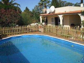 Spacious Villa with Private Pool & Large Gardens - Burgau vacation rentals
