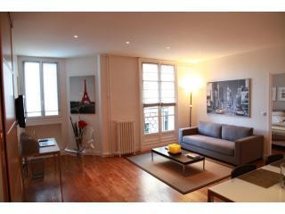 Luxury Designer Apartment close to Champs Elysees - Paris vacation rentals