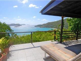 Bright 2 bedroom Friendship Bay House with Internet Access - Friendship Bay vacation rentals