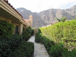 Beautiful 3 Bedroom & 4 Bathroom Condo in La Quinta (238LQ) - La Quinta vacation rentals