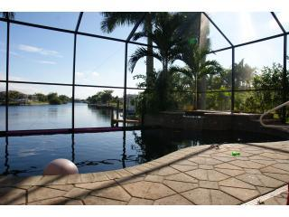 6 Bedroom Waterfront with Vanishing Edge Pool - 6 Bdrm with Southern Exposure Vanishing Edge Pool - Cape Coral - rentals