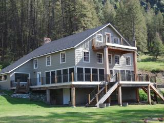 The Lodge at Palmer Lake - lakefront retreat - Loomis vacation rentals