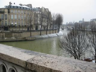 Seine river in the  snow - ILE Saint Louis  2 BR  2 BATH IN BEST LOCATION - Paris - rentals