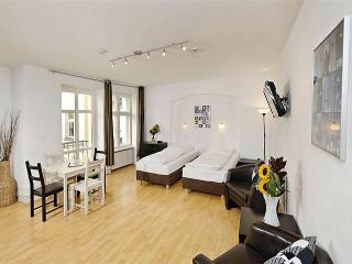 Studio Plus Schonhauser Allee Vacation in Berlin - Berlin vacation rentals