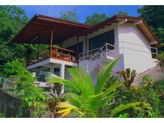 VILLITA LunaTica - STUNNING Ocean View, AC + WiFi - Image 1 - Manuel Antonio National Park - rentals