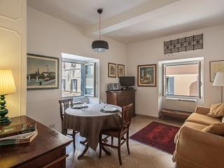 Rome Accommodation Farnese - Rome vacation rentals