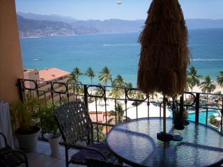 Large Private Balcony - Sea River One Bedroom Oceanfront Condo - Puerto Vallarta - rentals