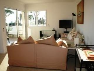 Lovely living area with direct access to the terrace - Royal Palm 137- Stunning 2 Bedroom Flat with Sea View, Cannes - Cannes - rentals