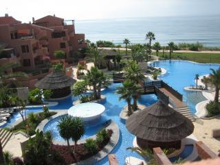 MAR AZUL RESORT, Estepona - Estepona vacation rentals