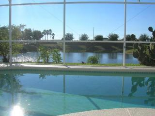 Lake front setting - Wonderful Lake View Orlando Vacation Rental Home - Davenport - rentals