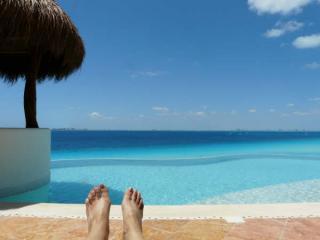 feet hard at work - Casa Isla - Isla Mujeres - rentals