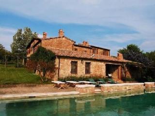 TantiFiori | Villas in Italy, Venice, Rome, Florence and Paris - Montepulciano vacation rentals