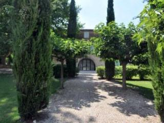 Bastide des Plaines 7 Bedroom House in Provence - Aix-en-Provence vacation rentals