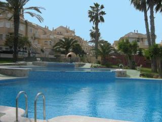 Lovely ground floor 2 bed apartment stunning pool - Torrevieja vacation rentals