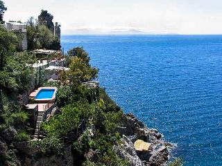 Unique, luxury Villa la Madonnina, pool, access to the sea, parking - Furore vacation rentals