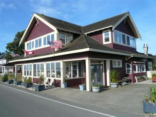 Waterfront Maple Beach 5 Star Rental - Point Roberts vacation rentals
