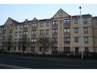 Front of Building - Kinningpark Apartment - Glasgow - rentals