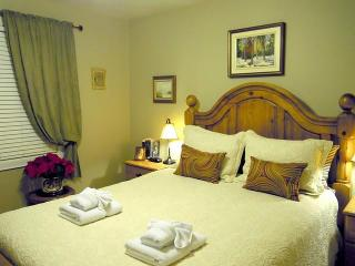 Williams Gate B&B Prvate Suites - Main Floor Two Bedrooms Suite - Niagara-on-the-Lake vacation rentals