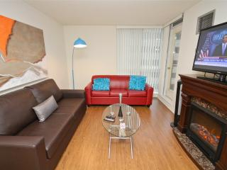 Downtown Toronto SHORT TERM CONDO 2 Bedroom 2 Bath - Toronto vacation rentals