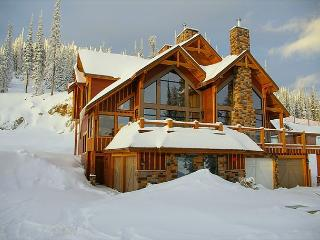 Grizzly Ridge #1 Upper Snowpine Location Sleeps 9 - Big White vacation rentals
