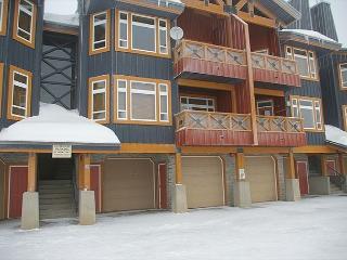 Timber Ridge 10 Monashee Heights Location Sleeps 8 - Big White vacation rentals
