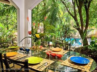 Classy 3BR beach condo- modern/tropical furnishings, patio CB4 - Tamarindo vacation rentals