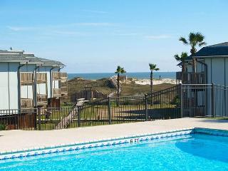 2 bedroom 2 bath condo located in Beachhead Condos on the Gulf of Mexico - Port Aransas vacation rentals