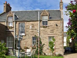 BANK VIEW, pet friendly, country holiday cottage, with a garden in Chirnside, Ref 3663 - Scottish Borders vacation rentals