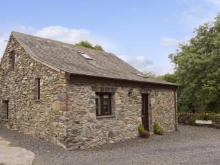 WOODSIDE BARN, family friendly, luxury holiday cottage, with a garden in Pennington Near Ulverston, Ref 3735 - Hampshire vacation rentals
