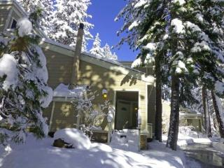 4 Bedroom Forest Pines Condo Close to Beach ~ RA720 - Incline Village vacation rentals