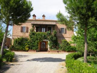 Charming Vacation Rental with Pool at Le Manzinaie - Siena vacation rentals