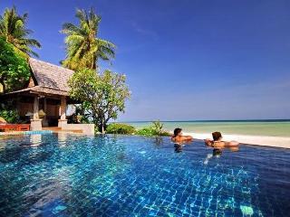 Baan Sarika 5BR Luxury Beachfront Villa - Lamai Beach vacation rentals